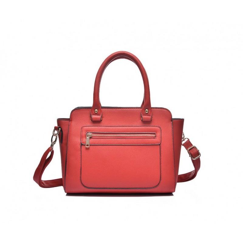 Elegantná kabelka v červenej farbe