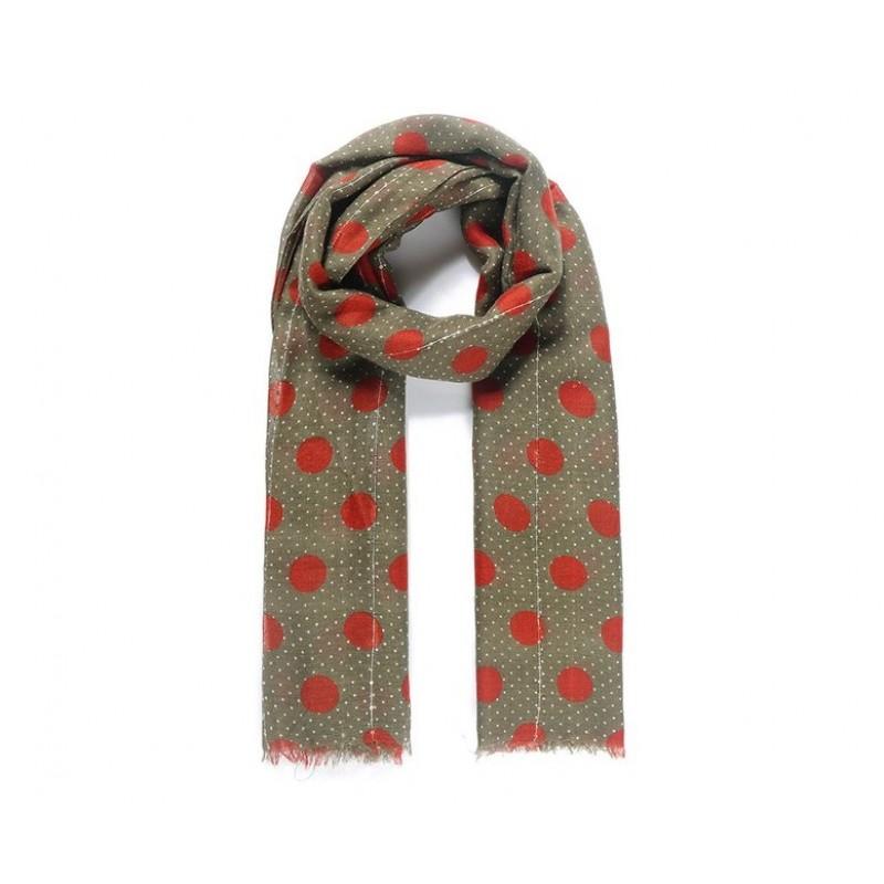Dlhý šál s bodkovaným vzorom, zeleno-červený
