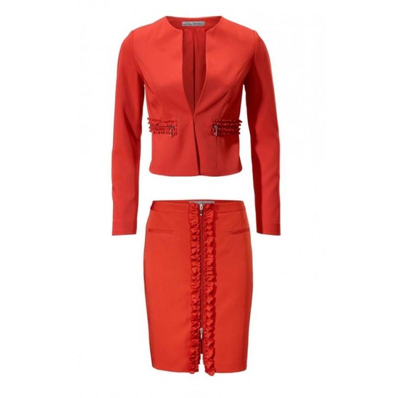Červený kostým Ashley Brooke