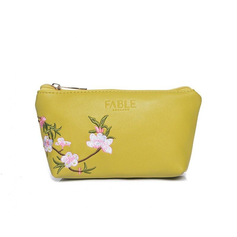 FABLE kozmetická taštička vyšívaná kvetmi - žltozelená