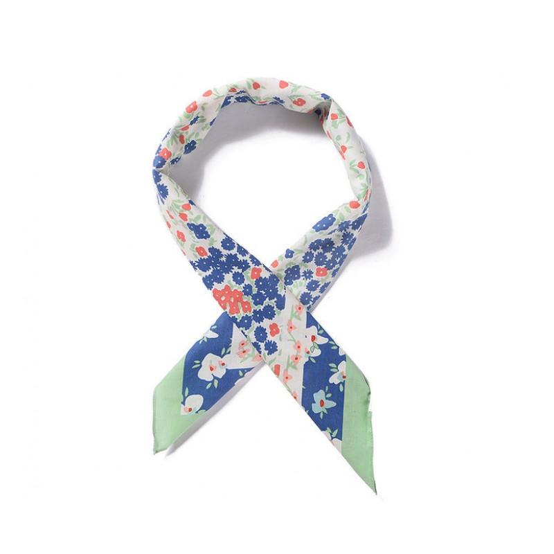 Bavlnená štvorcová kvetovaná šatka, zelena-farebná