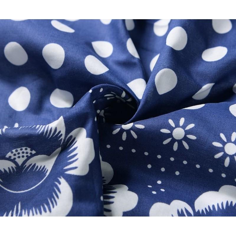Bavlnená štvorcová kvetovaná šatka, modro-biela